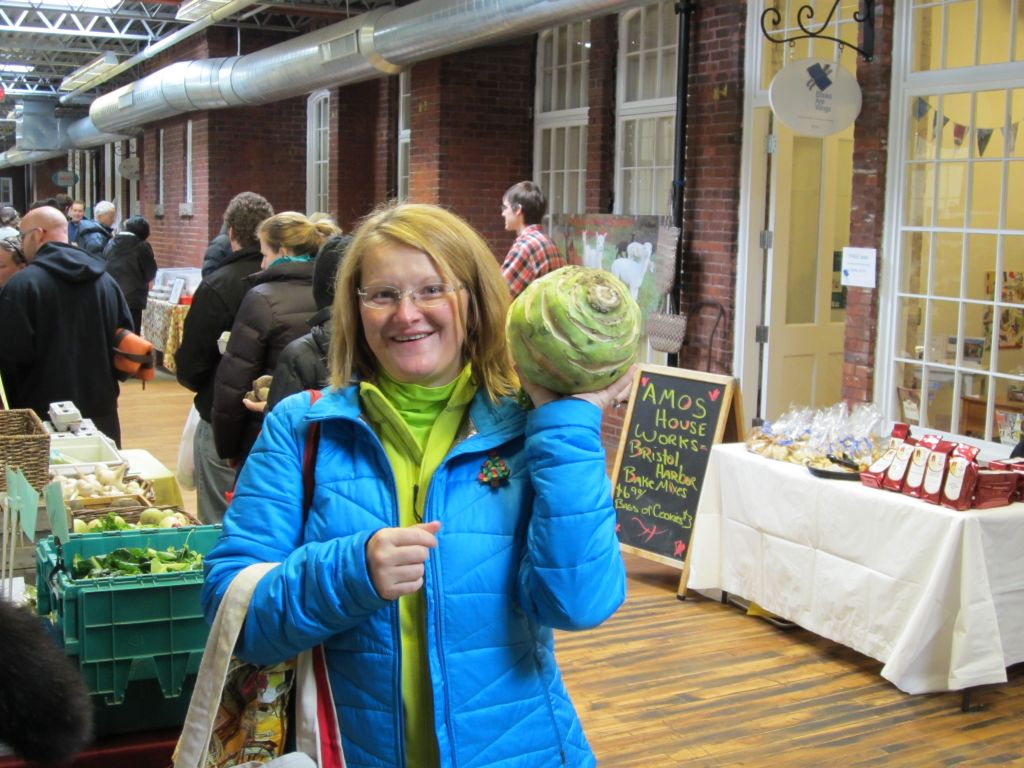 Mary flexin' with some super kohlrabi.