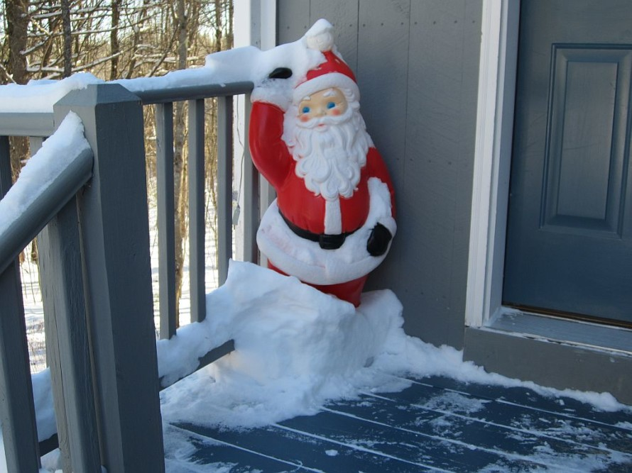 """Santa says """"it's snowy out."""""""