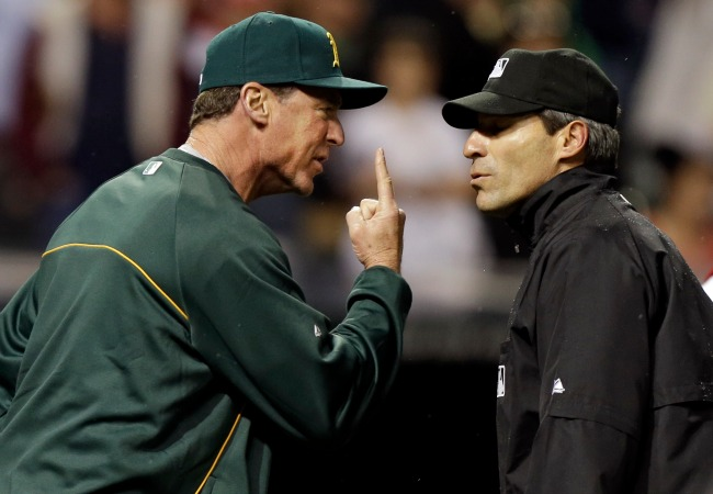 Oakland A's manager, Bob Melvin, not happy with umpire, Angel Hernandez, and a call he made.