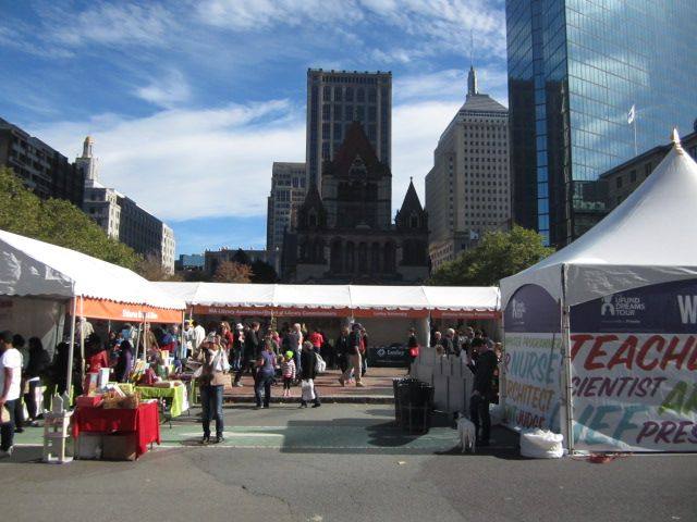 Books galore in Copley Square (#BBF2014).