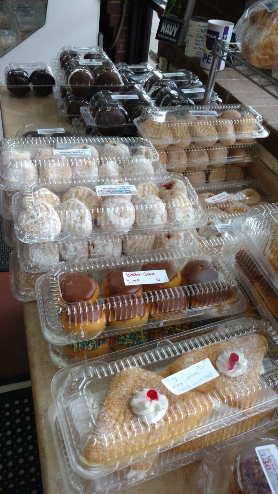 Donuts and other pastries: Georgio's Pizza & Donut Shop.